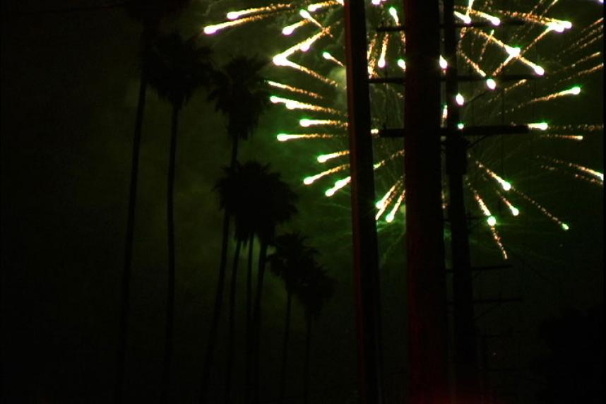 http://www.stanyakahn.com/files/gimgs/th-27_fireworks.jpg
